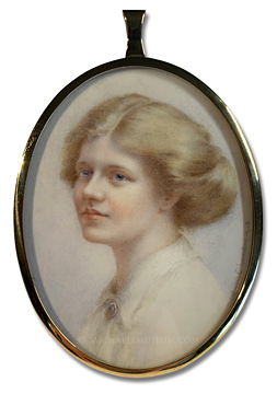 Portrait miniature by Edith Moreton Charlton, depicting a World War I Era English lady with golden blond hair